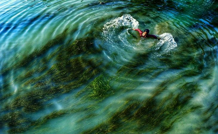 বাঁধনহারা জীবন বরাবরই আনন্দের, খুশীর। স্থান: ঘাঘট নদী, গাইবান্ধা (ছবি: রেজওয়ান রহমান)